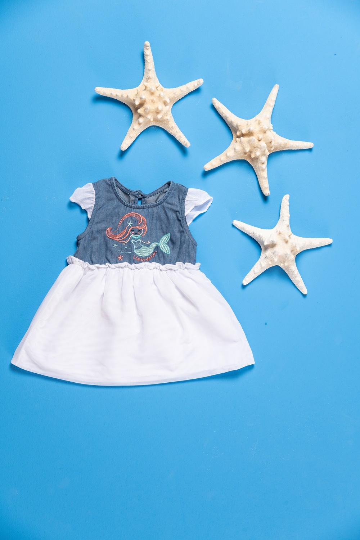 Vestido bebê jeans com bordado