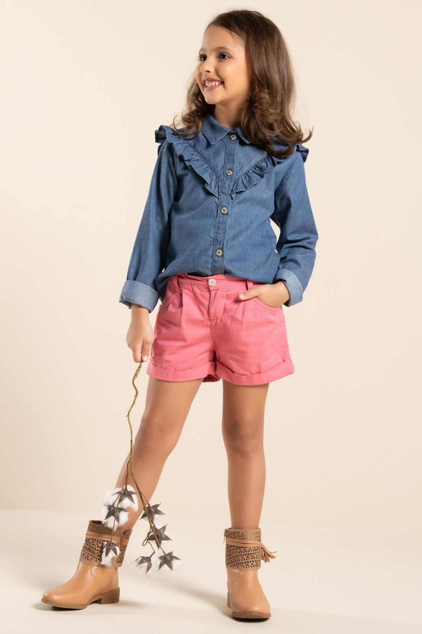 Camisa infantil jeans manga longa com babados