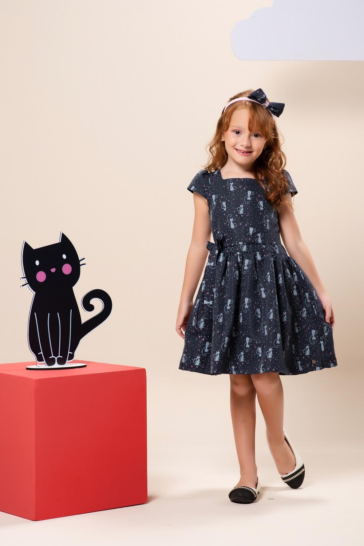Vestido infantil estampado de gatinhos