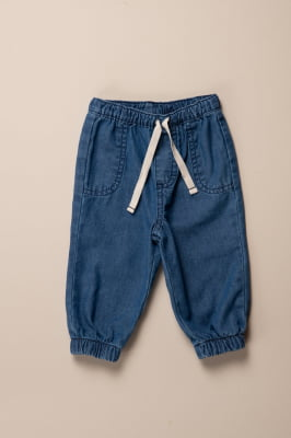 Calça bebê jeans leve modelo jogging