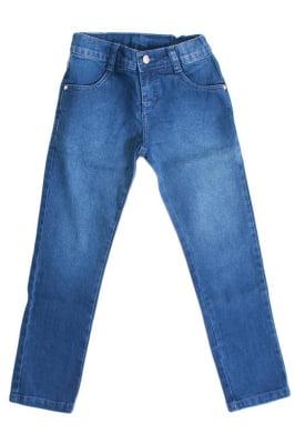 Calça infantil jeans com etiqueta de couro