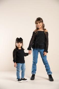 Blusa infantil manga longa com tule poá