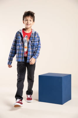 Camisa infantil manga longa xadrez com capuz