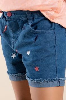 Short infantil jeans com bordados