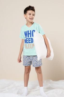 "Pijama infantil com estampa ""Who needs sleep?"""