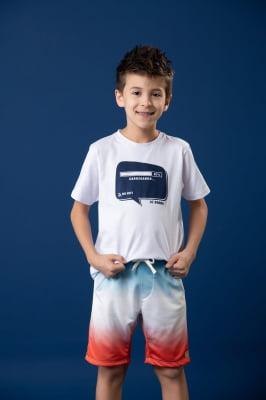 T-shirt infantil com estampa exclusiva
