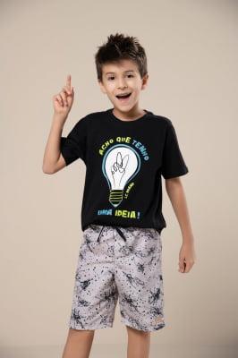 T-shirt infantil de malha com estampa que brilha no escuro